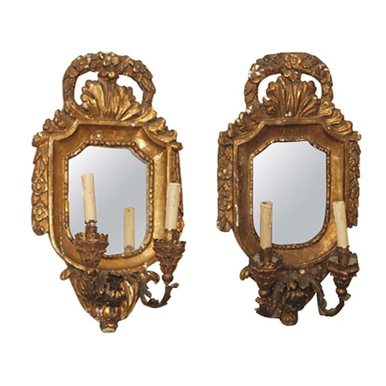 Wall Sconces Italian : 18th Century Italian Gilt Wall Sconces at 1stdibs