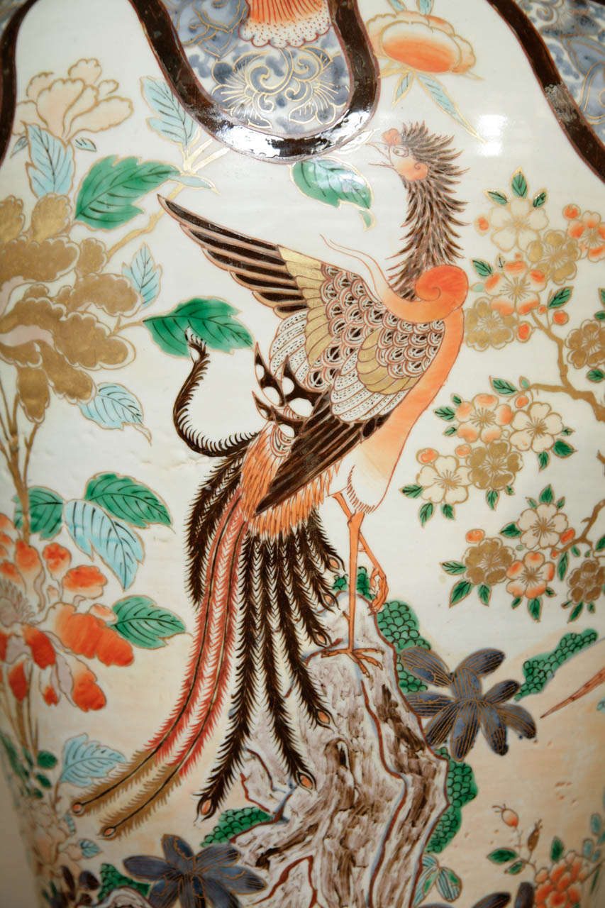 Early 18th Century Japanese Imari Vase For Sale 3