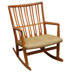 Hans Wegner rocking chair in oak.