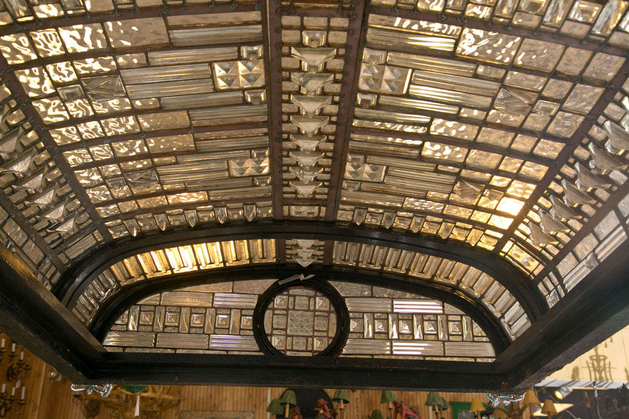 Antique Leaded Glass Skylight Dome In Good Condition For Sale In Stamford, CT