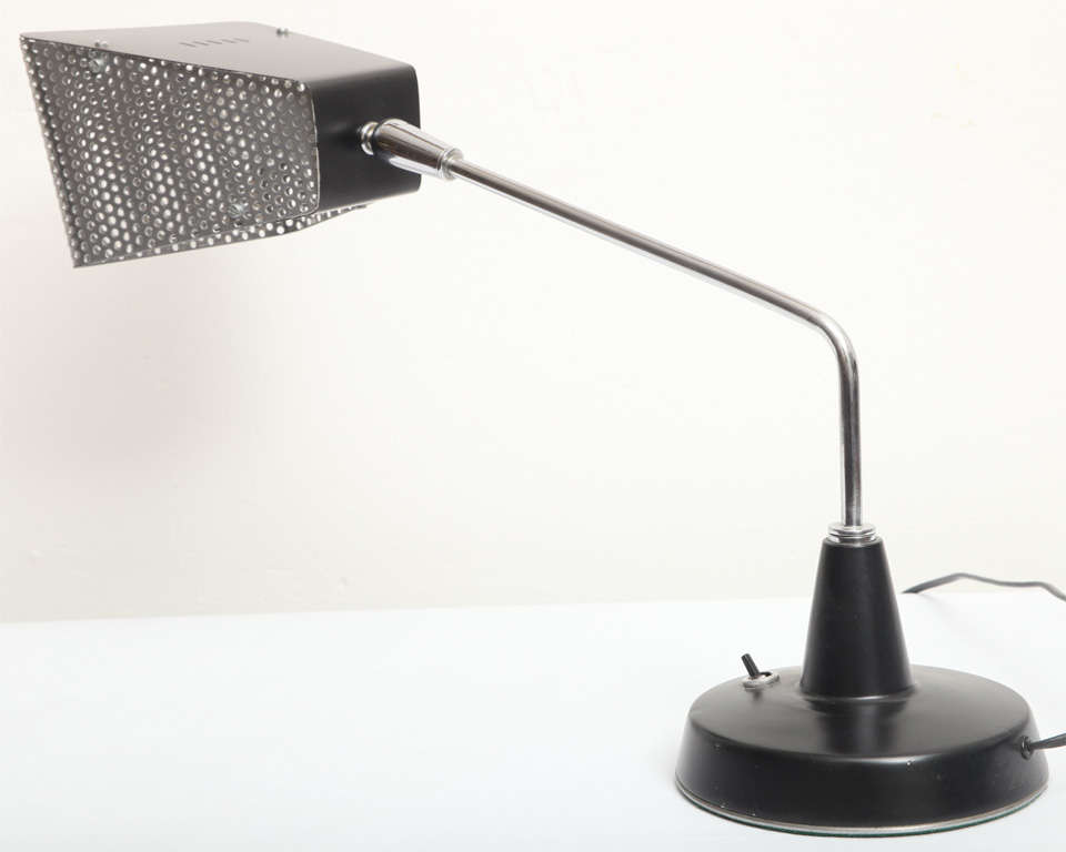 1960s Italian Articulated Table Lamp by Stilnovo For Sale 1