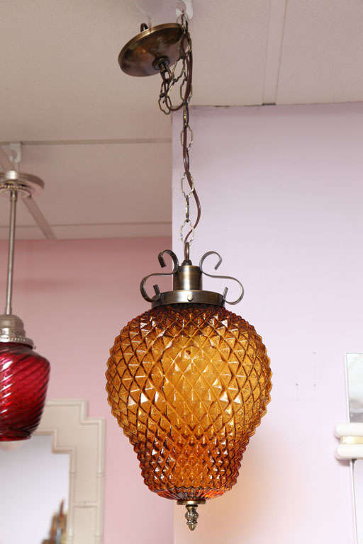SALE ,Drastic REDUCTION,MOVING SALE,amber ceiling fixture,pineapple shape,rewire For Sale 4
