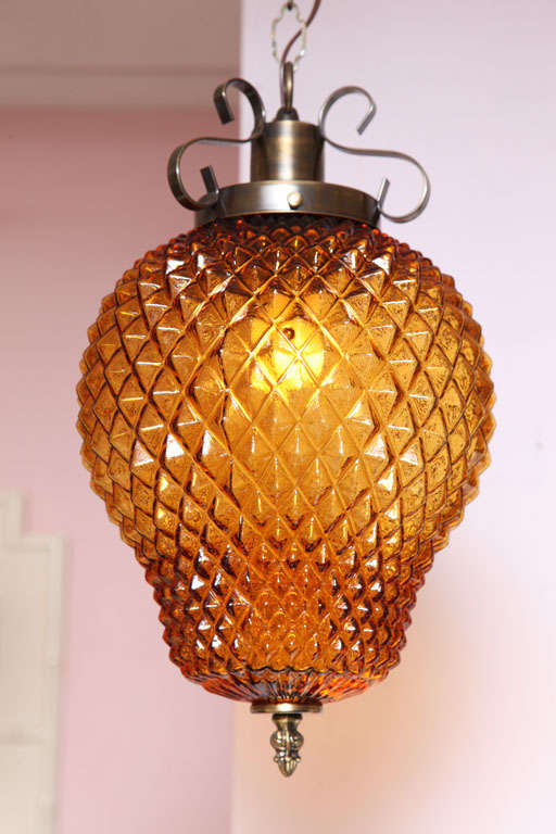 SALE ,Drastic REDUCTION,MOVING SALE,amber ceiling fixture,pineapple shape,rewire For Sale 2