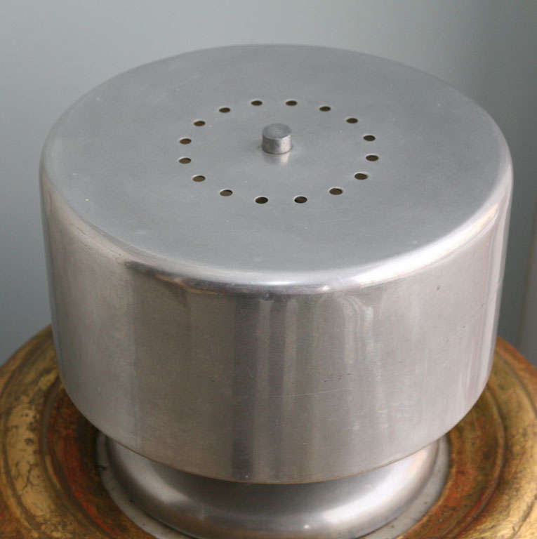 Cylindrical Aluminum Lamp For Sale 1
