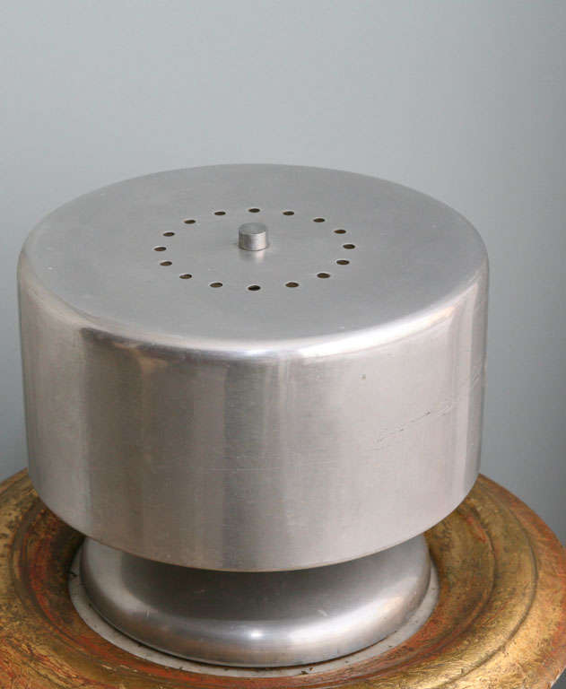 Cylindrical Aluminum Lamp For Sale 5