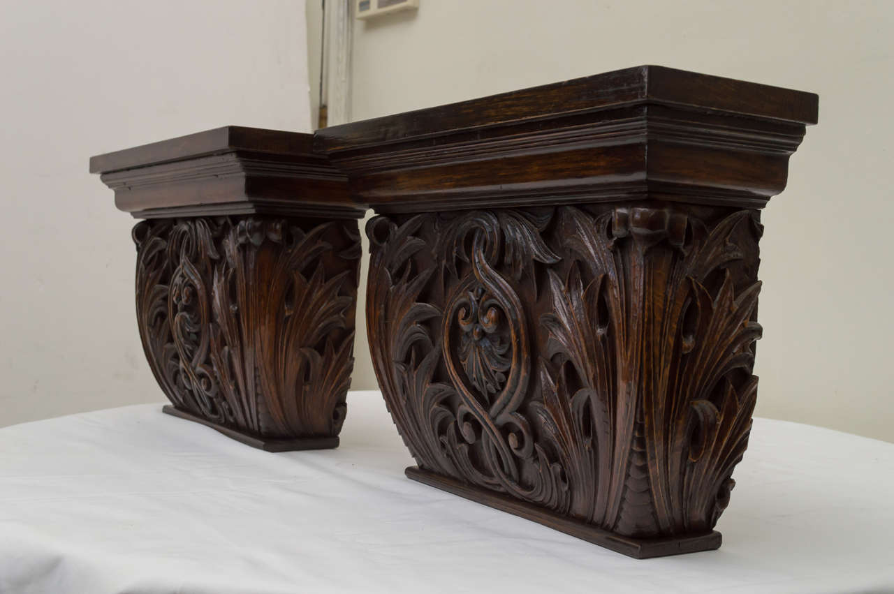 Pair of Late 19th Century American Oak Wall Brackets For Sale 2
