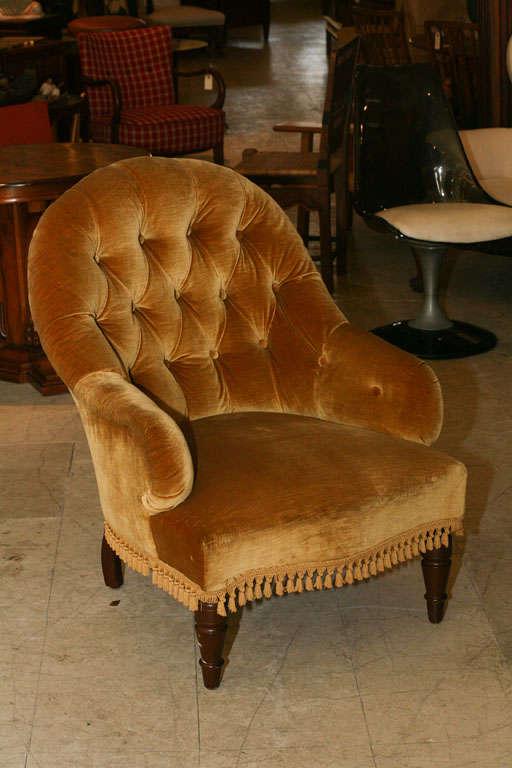 Victorian Tufted Armchair 3