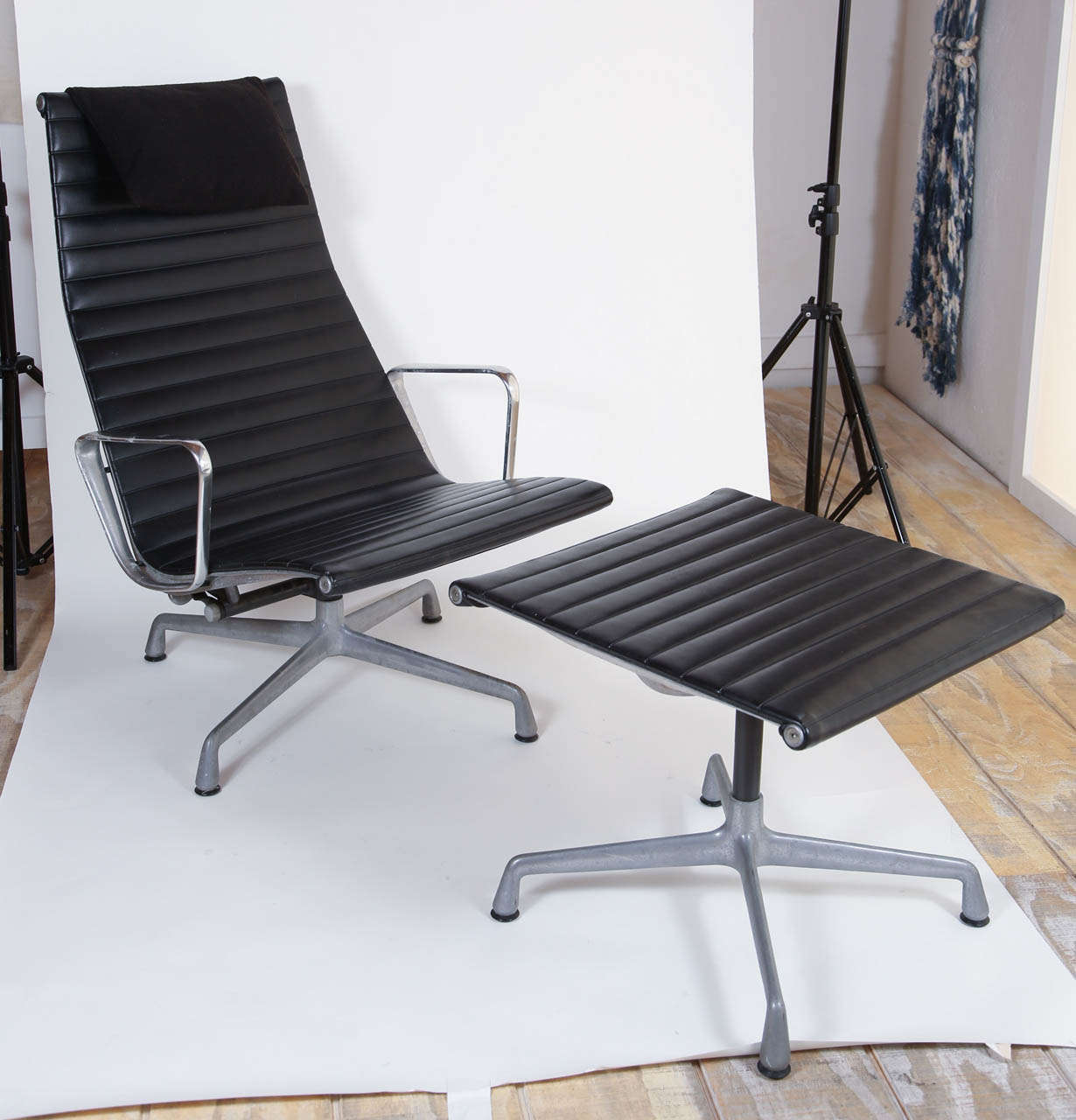 Eames for herman miller aluminum group lounge chair and - Herman miller lounge chair and ottoman ...
