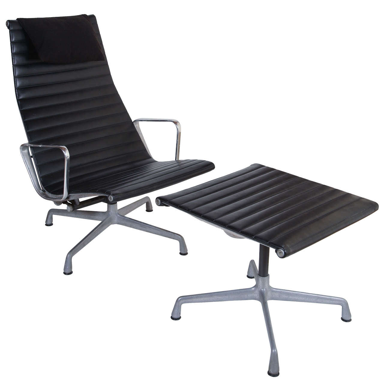 Eames For Herman Miller Aluminum Group Lounge Chair And Ottoman At 1stdibs