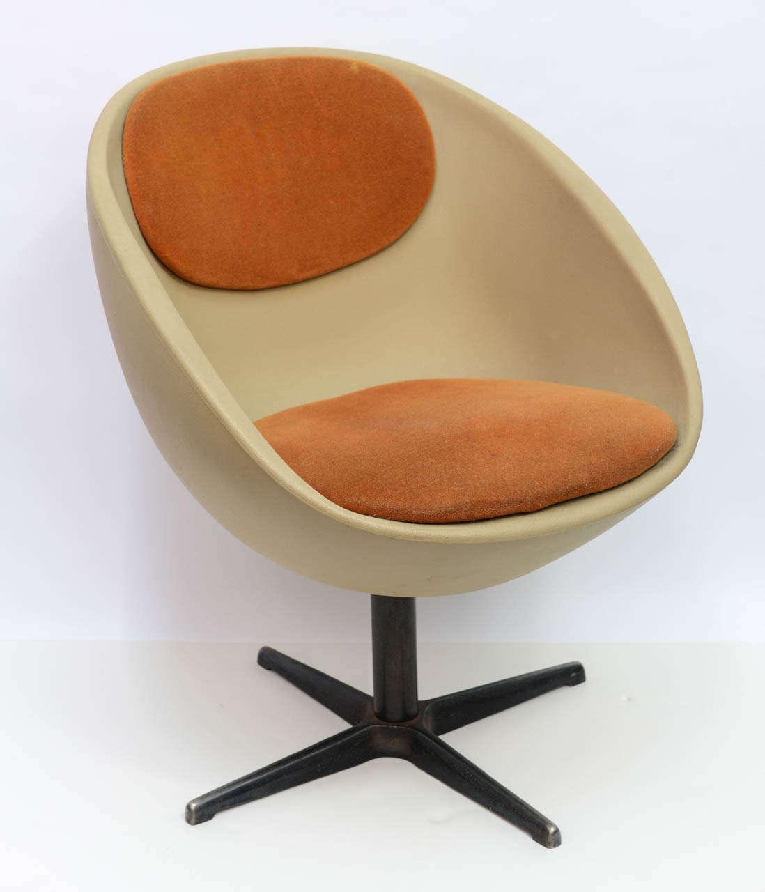 1960s Ball Egg Swivel Chair At 1stdibs