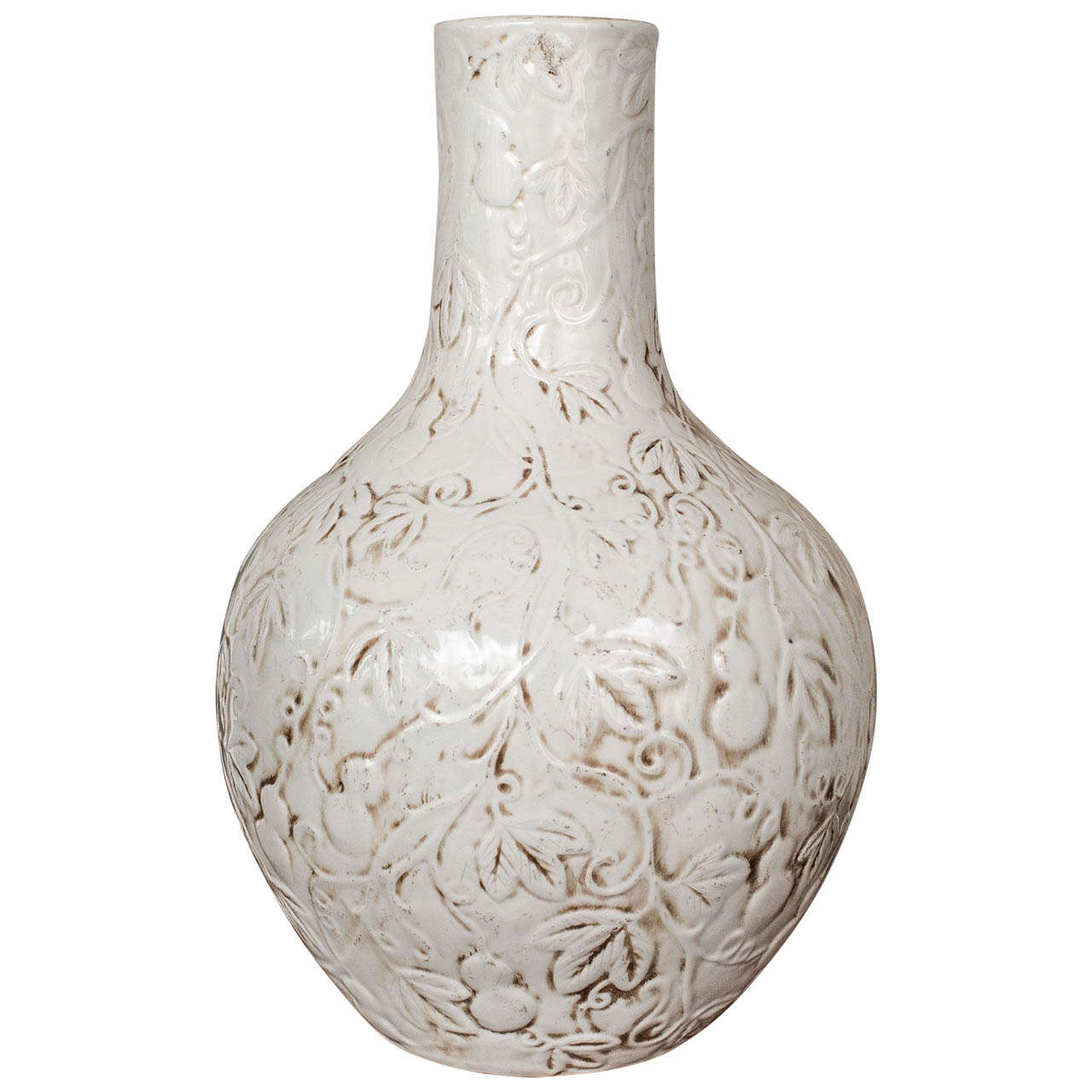 large blanc de chine famille ware vase at 1stdibs. Black Bedroom Furniture Sets. Home Design Ideas