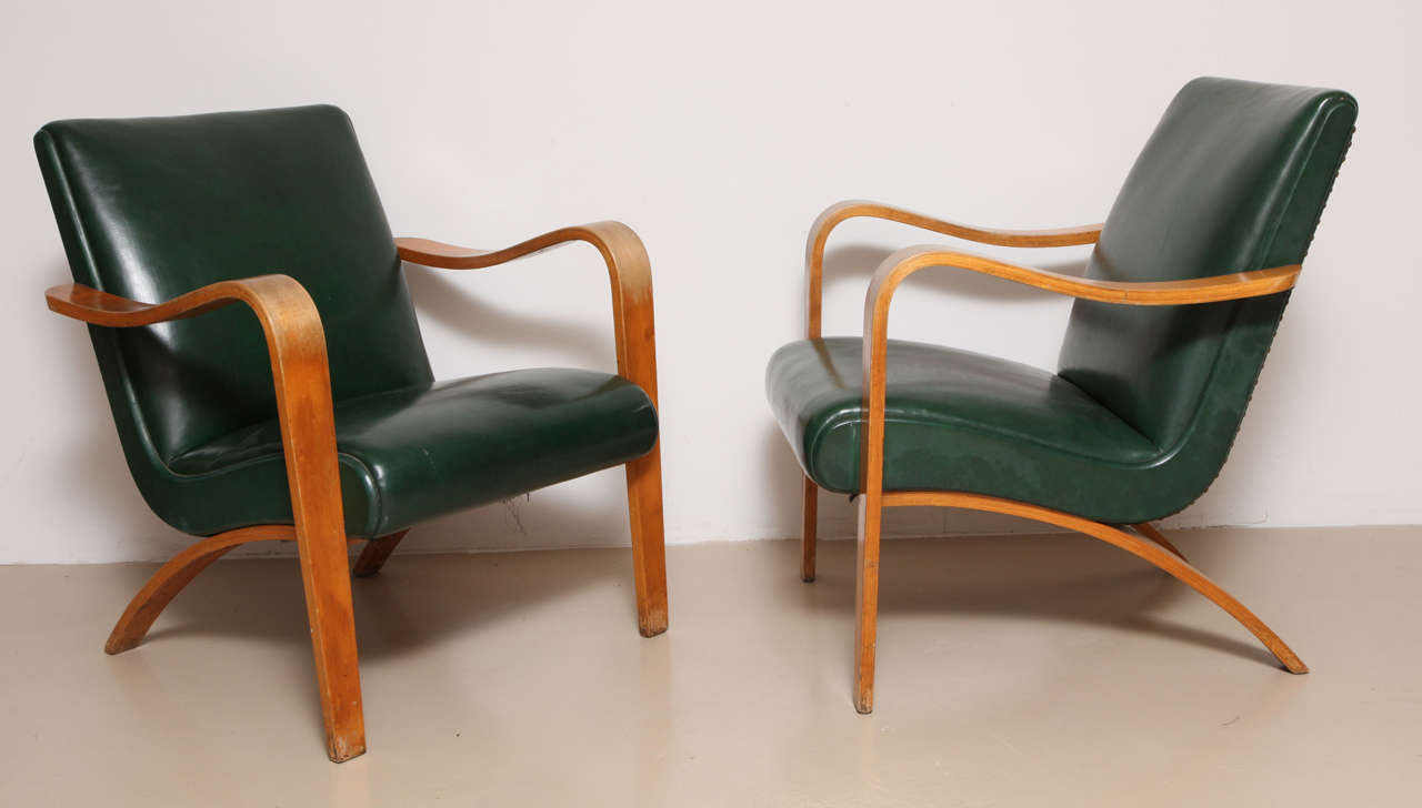 Magnificent Pair Of 1940S Thonet Bentwood Lounge Chairs At 1Stdibs Spiritservingveterans Wood Chair Design Ideas Spiritservingveteransorg