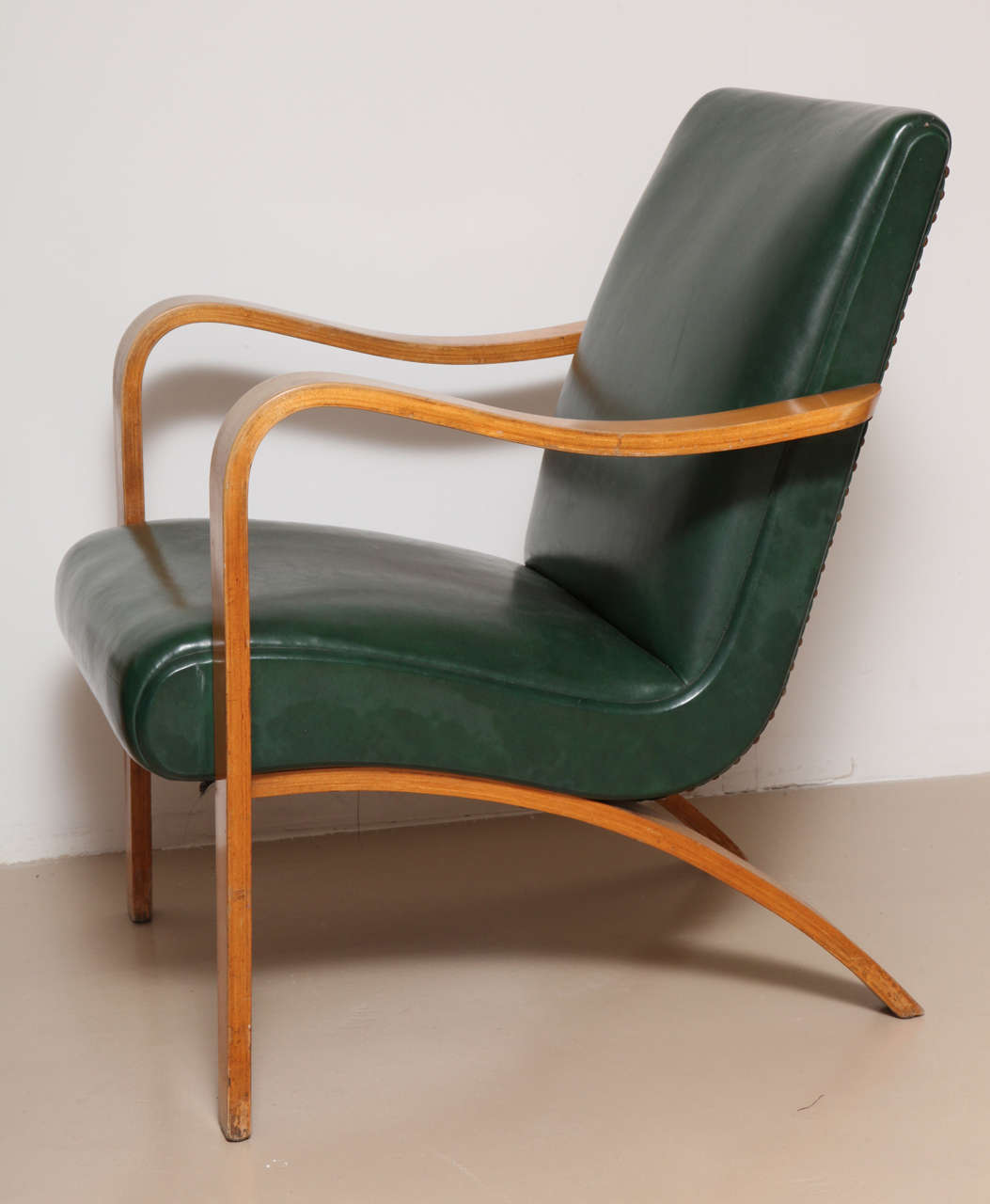 Pair Of 1940s Thonet Bentwood Lounge Chairs 3