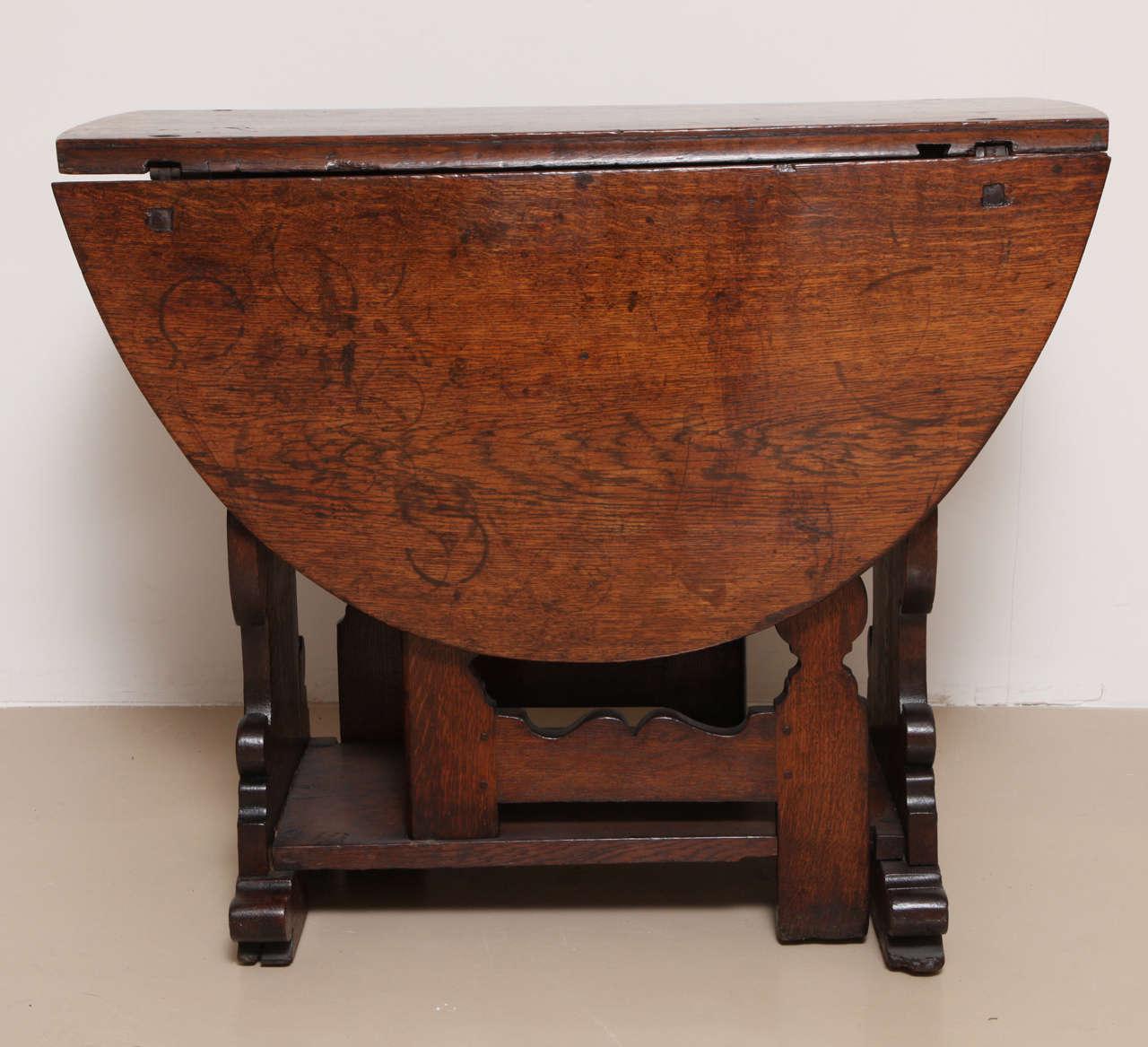 Antique flemish oak drop leaf gate leg table for sale at 1stdibs european antique flemish oak drop leaf gate leg table for sale watchthetrailerfo