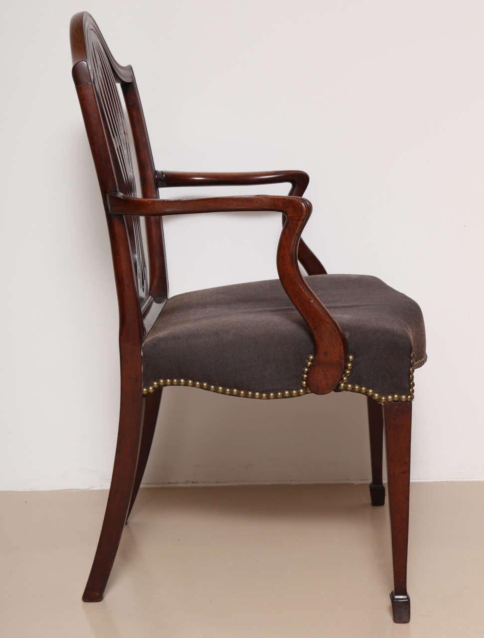George III Mahogany Armchair in the Manner of Hepplewhite For Sale 3