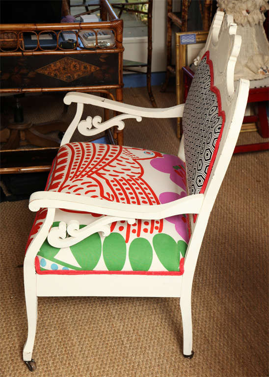 Vintage White Settee with Merimekko Fabric image 2