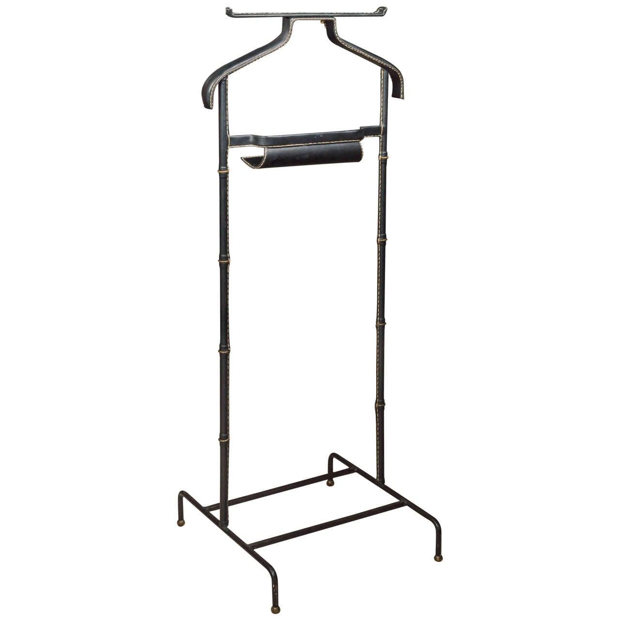 jacques adnet valet de nuit at 1stdibs. Black Bedroom Furniture Sets. Home Design Ideas