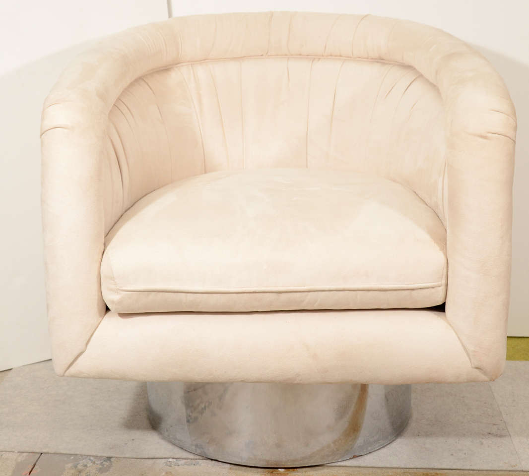 American Pair of Swivel Tub Lounge Chairs by Leon Rosen for Pace Collection For Sale