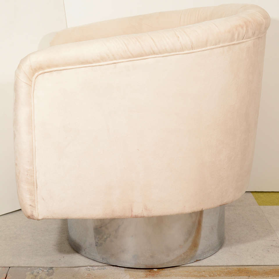 Late 20th Century Pair of Swivel Tub Lounge Chairs by Leon Rosen for Pace Collection For Sale