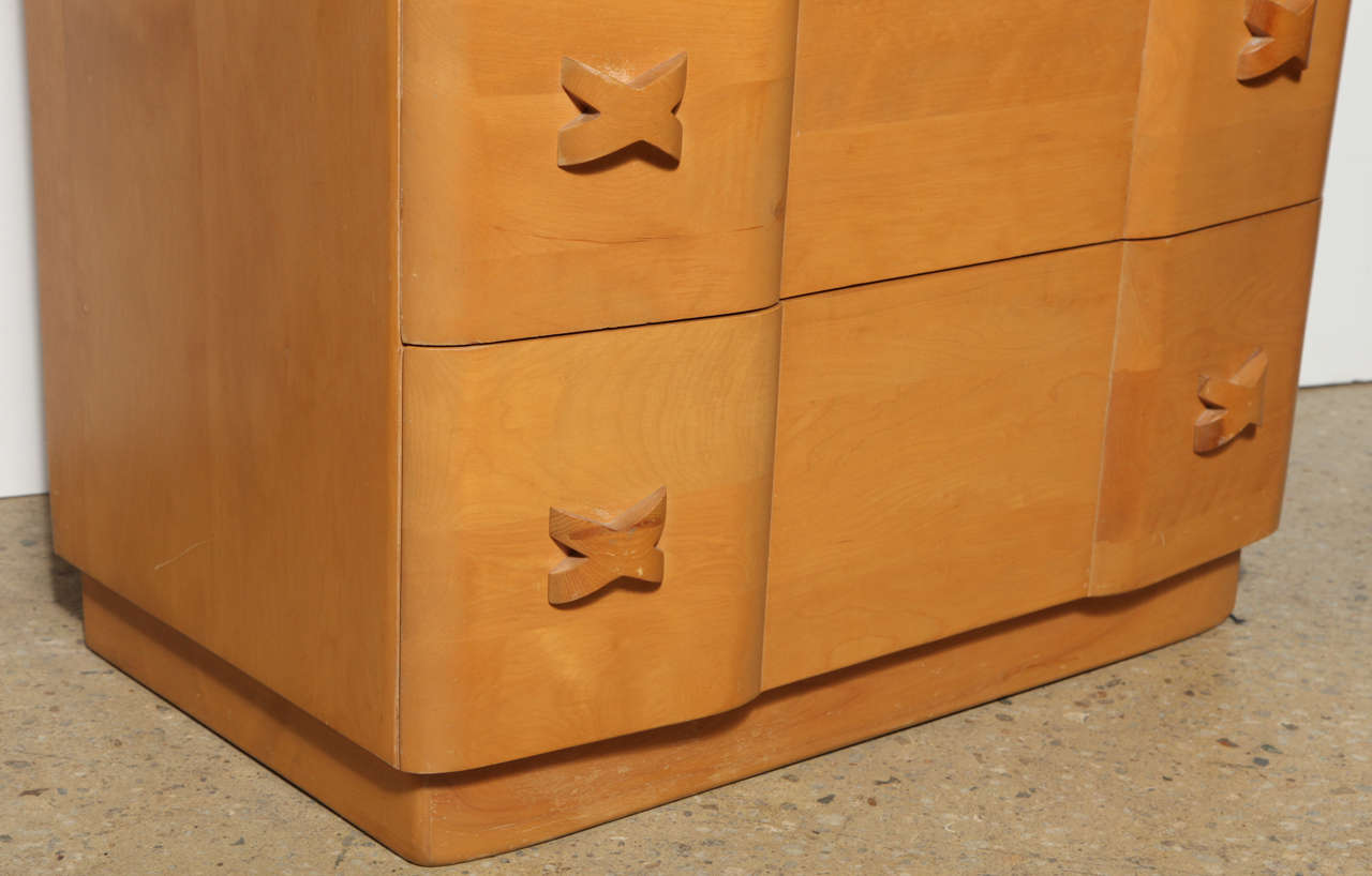 "Heywood Wakefield ""Rio"" Maple Dresser 7"