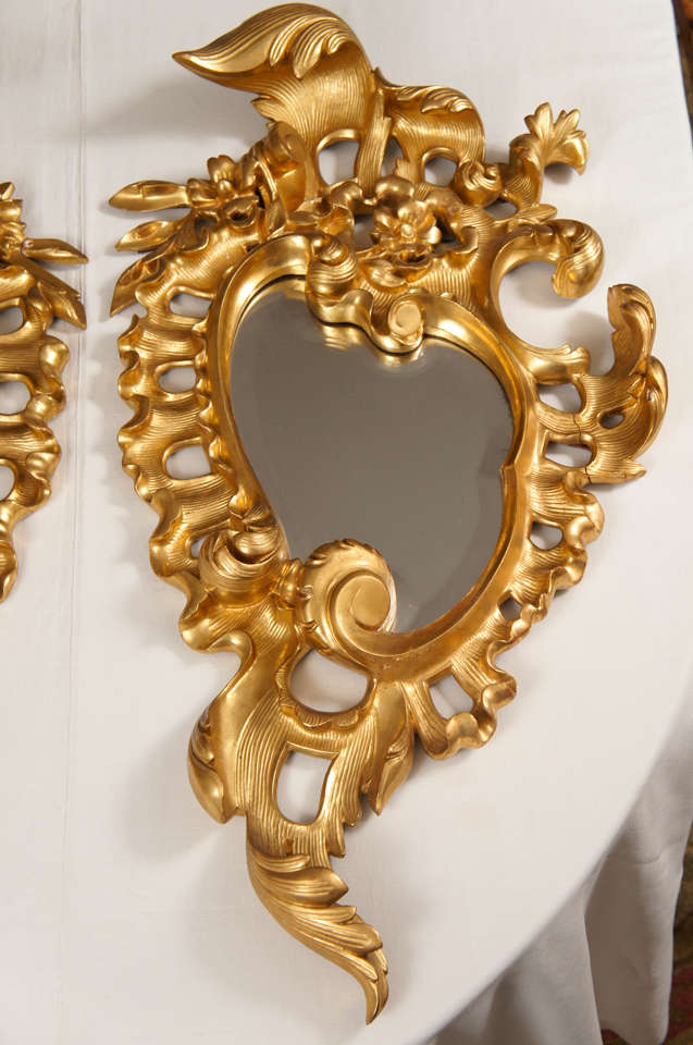 Italian Pair of Late 19th Century Rococo Mirrors For Sale