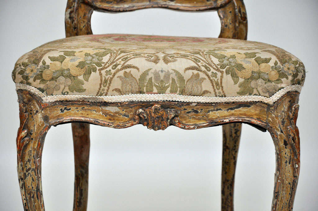 Oak Pair of French Rococo Painted Louis XV Style Chairs For Sale