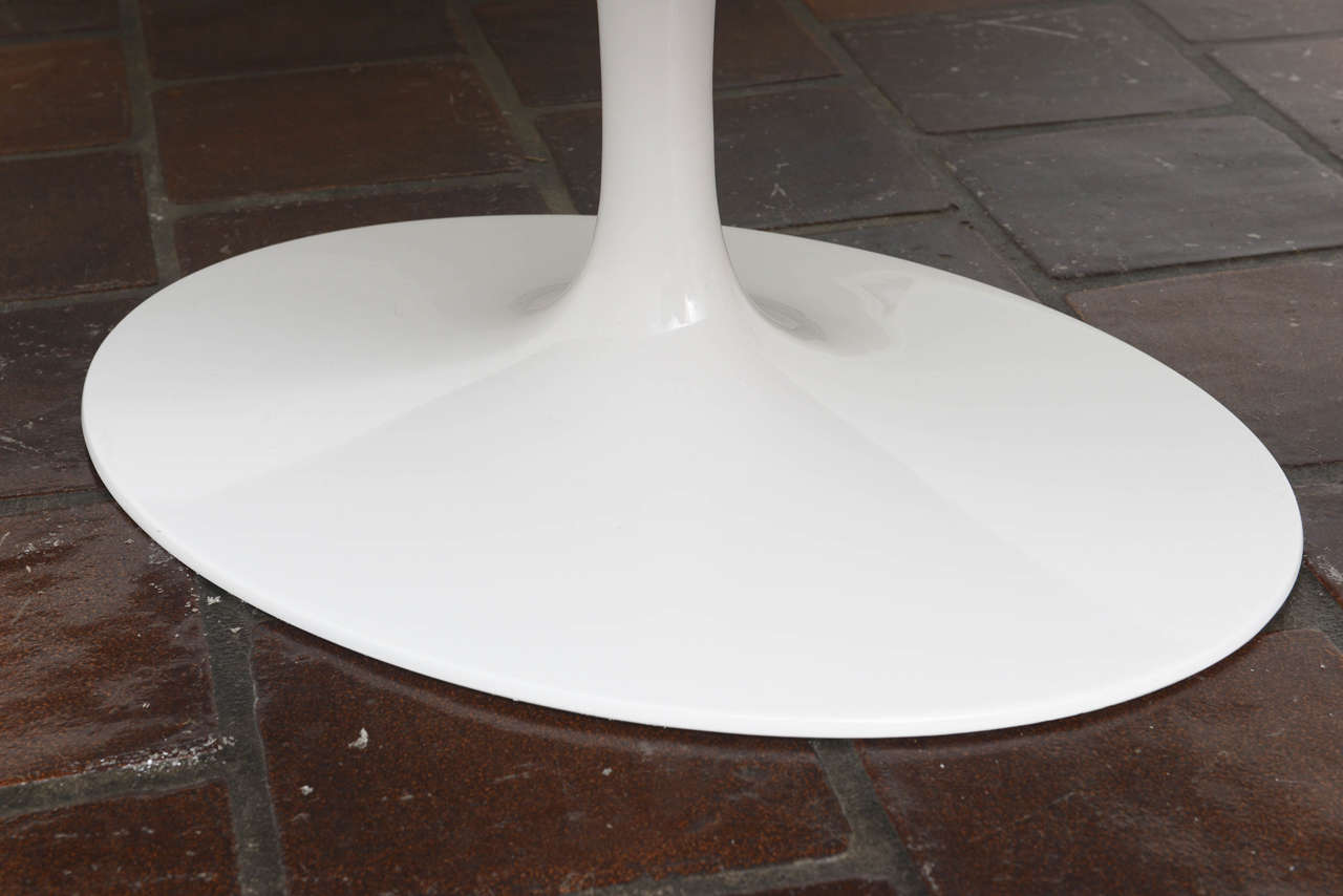Saarinen Tulip Coffee Table Tulip Coffee Table on