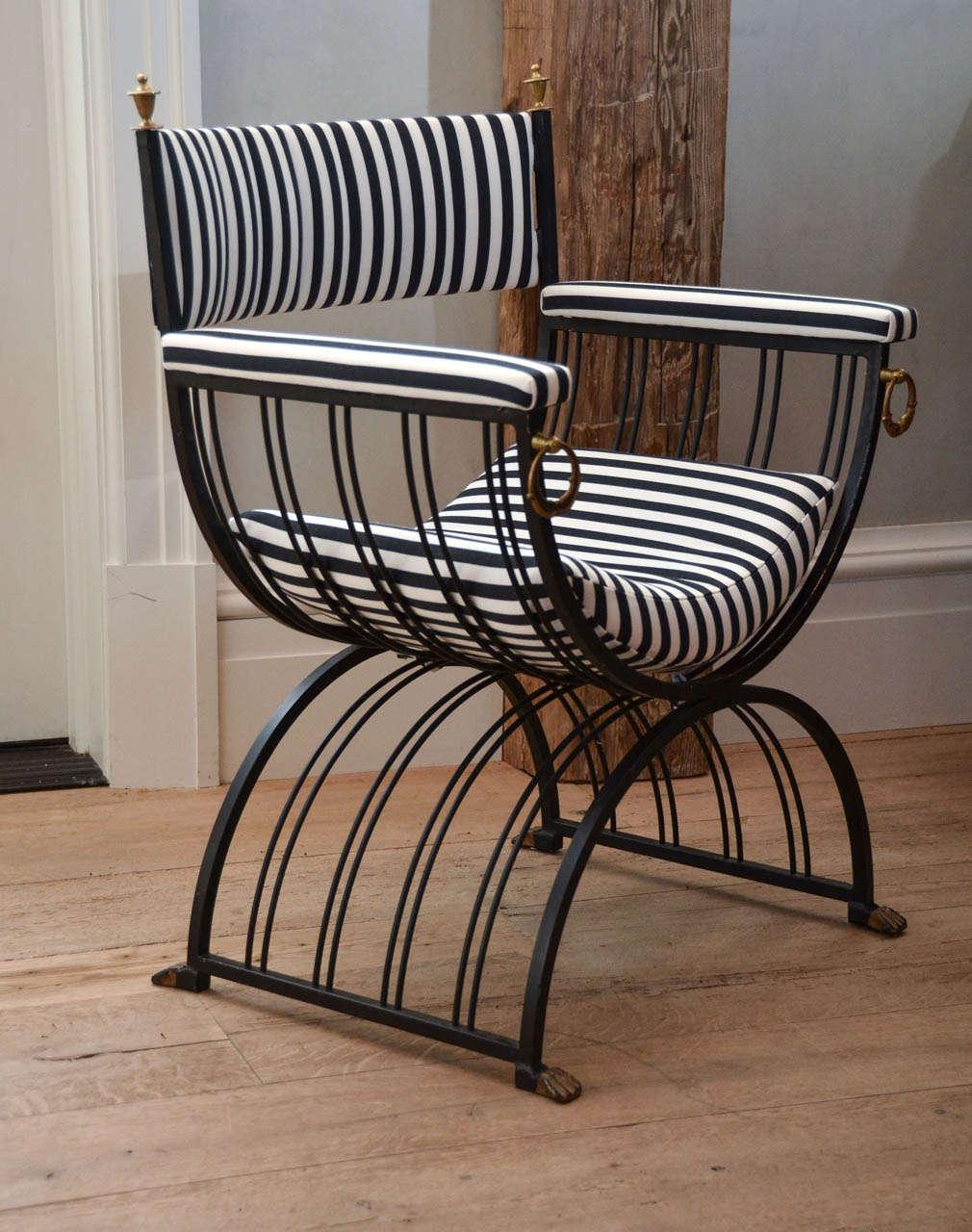 Modern savonarola chair - Pair of roman inspired savonarola chair in iron with brass ornamentation 3