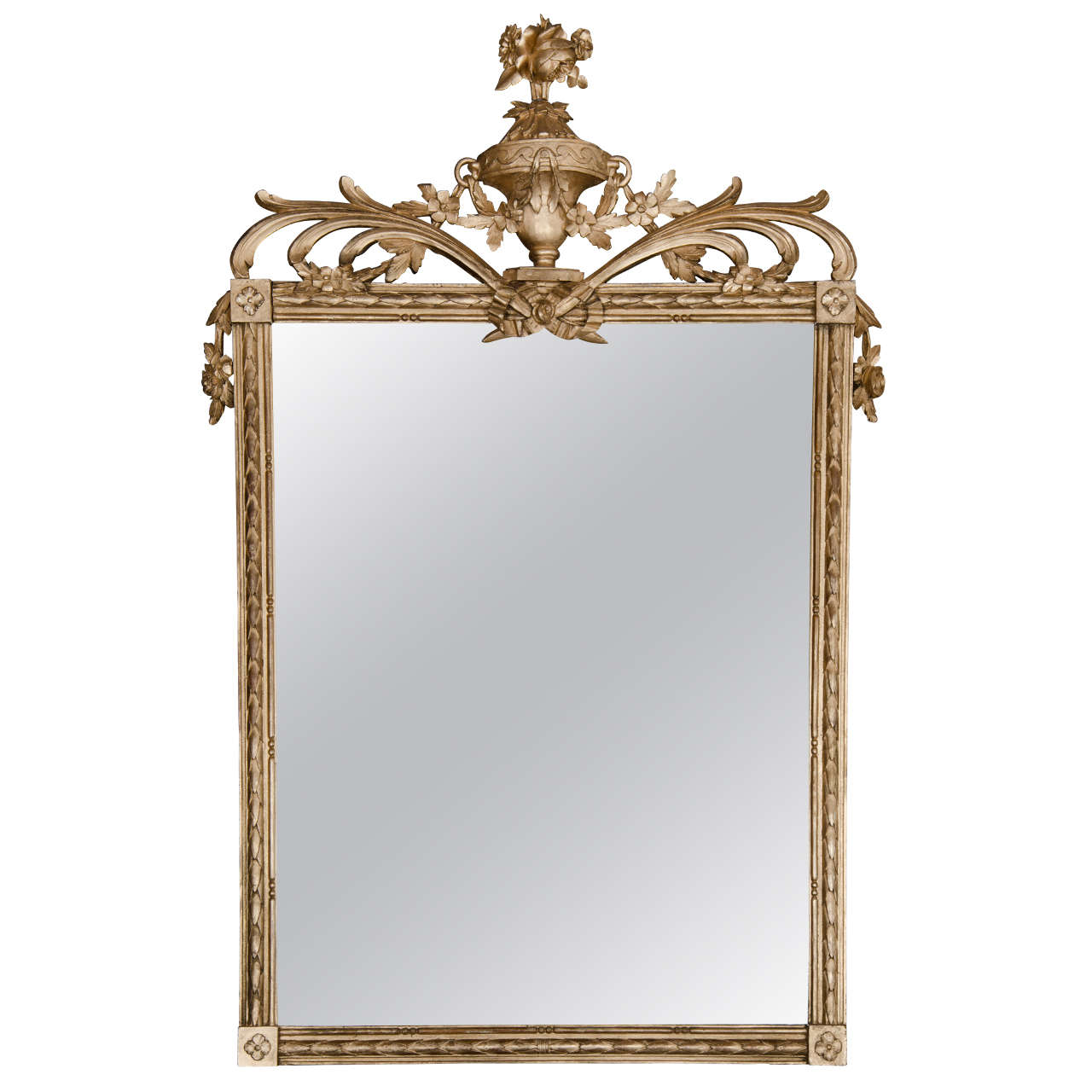 Antique regency style gilt mirror at 1stdibs for Vintage style mirrors