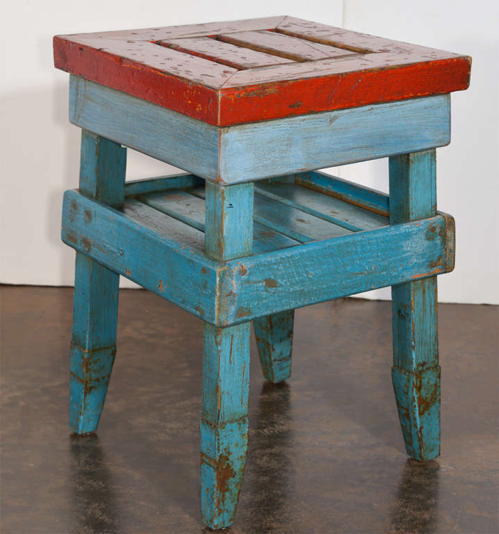 20th Century Antique French Folk Art End Table in Painted Pine  For Sale