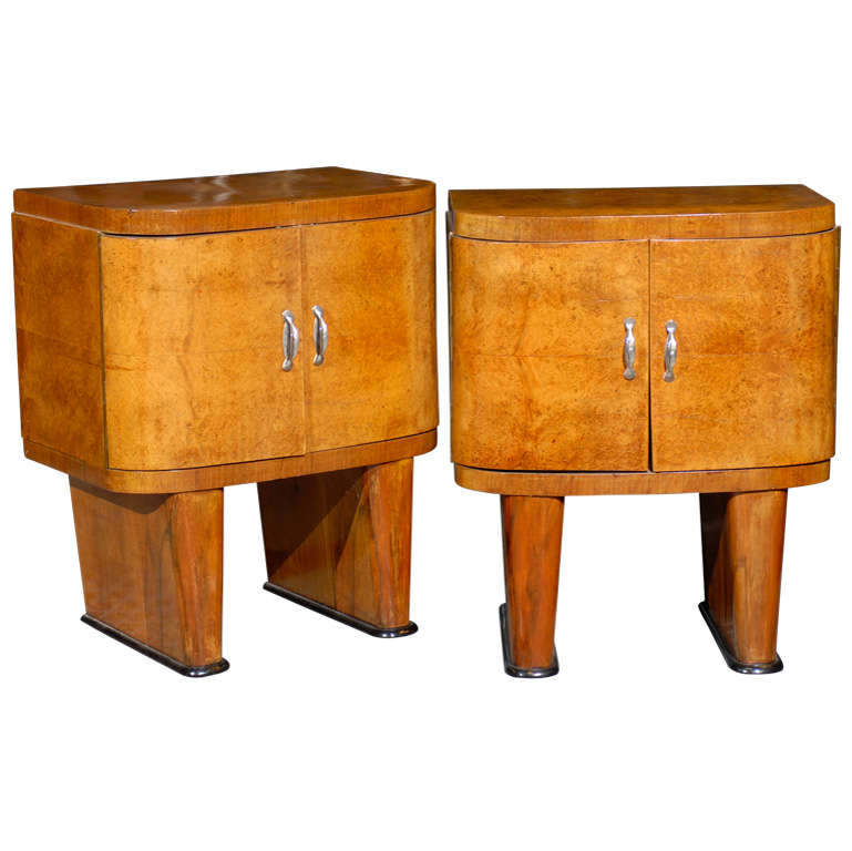 Exquisite Restored Pair Of Art Deco Small Cabinets In Walnut For Sale