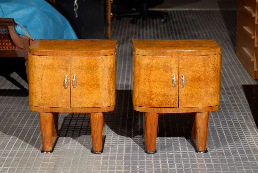Unknown Exquisite Restored Pair Of Art Deco Small Cabinets In Walnut For Sale