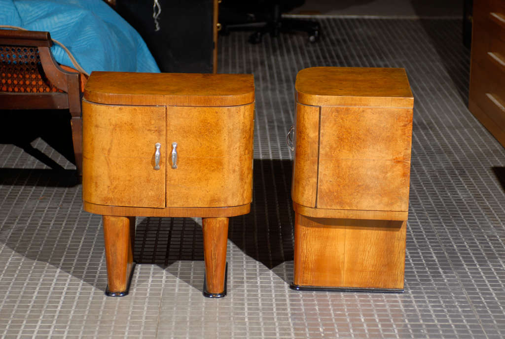 Wood Exquisite Restored Pair Of Art Deco Small Cabinets In Walnut For Sale