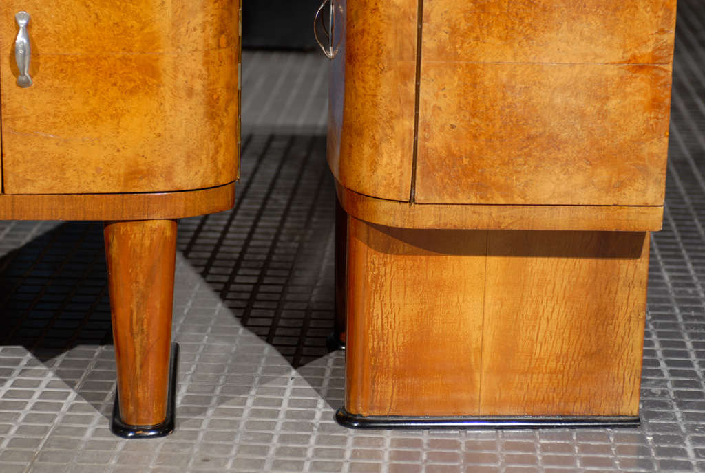 Exquisite Restored Pair Of Art Deco Small Cabinets In Walnut For Sale 3
