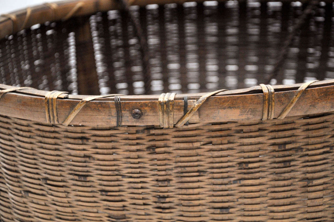 20th Century Japanese Fishing Basket For Sale 1