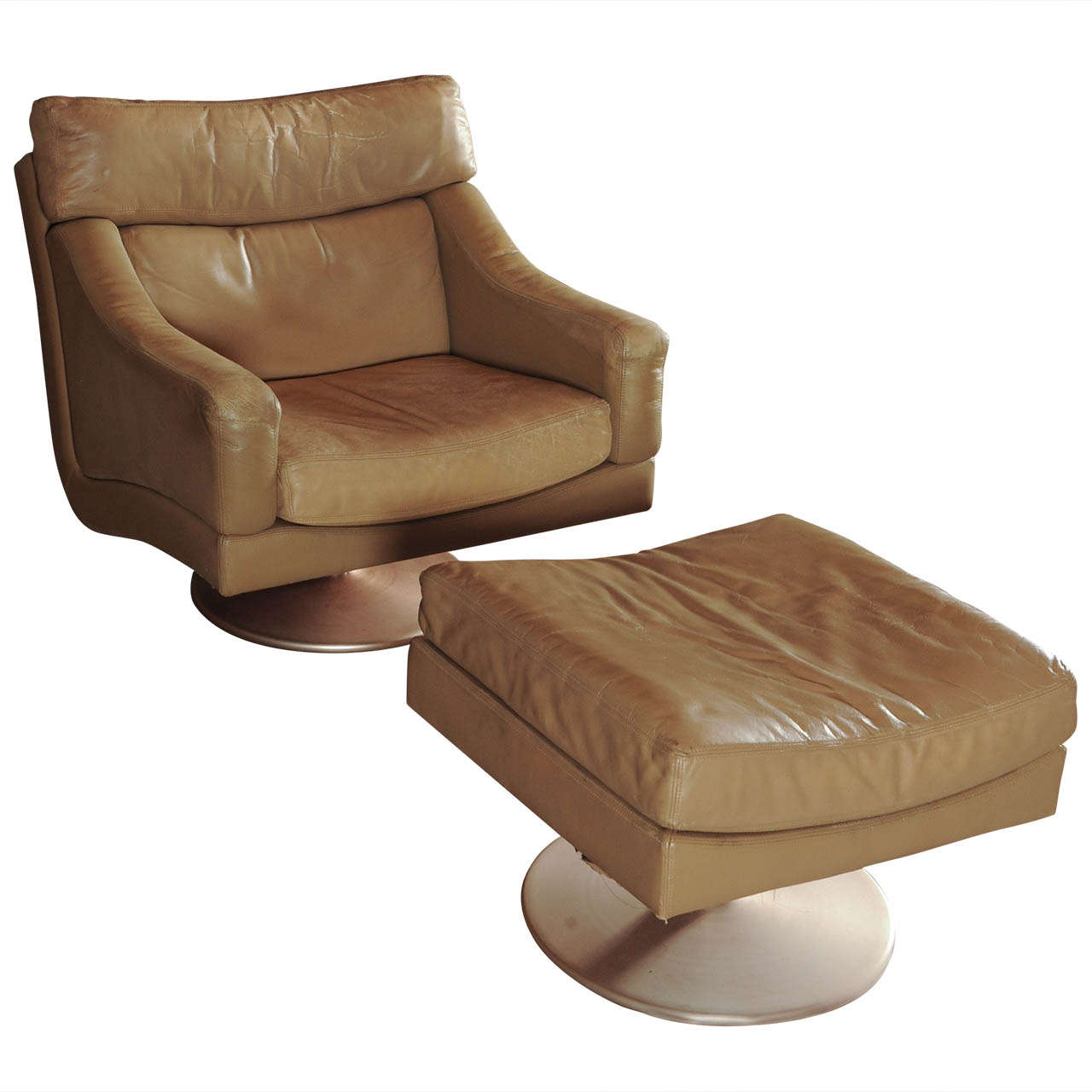 Wonderful set of swiss made lounge chair hocker at 1stdibs for Couch hocker