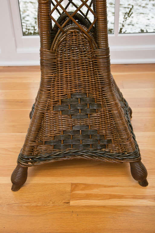 Tall Wicker Planter In Excellent Condition For Sale In Old Saybrook, CT