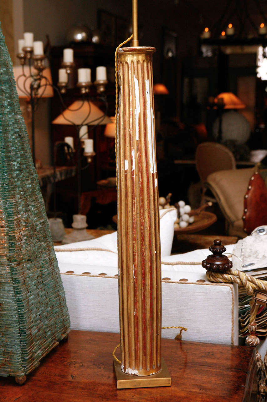 Pair of French Gold Gilded Column Lamps For Sale 1
