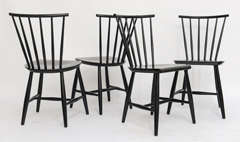 Four 1950s Swedish Windsor Style Spindle Back Dining Chairs image 3