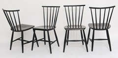 Four 1950s Swedish Windsor Style Spindle Back Dining Chairs image 4