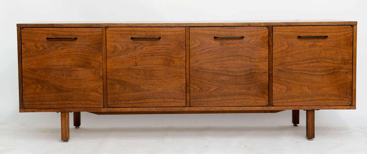 American Smart Jens Risom Modern Walnut Long Four-Door Credenza Sideboard 1960s For Sale