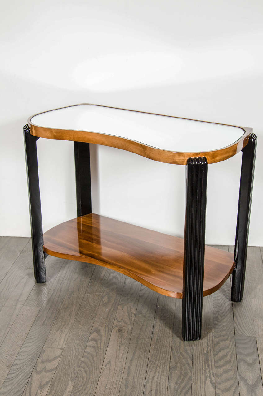 Mid-20th Century Art Deco Machine Age Side Table with Streamline Reeded Leg Design For Sale