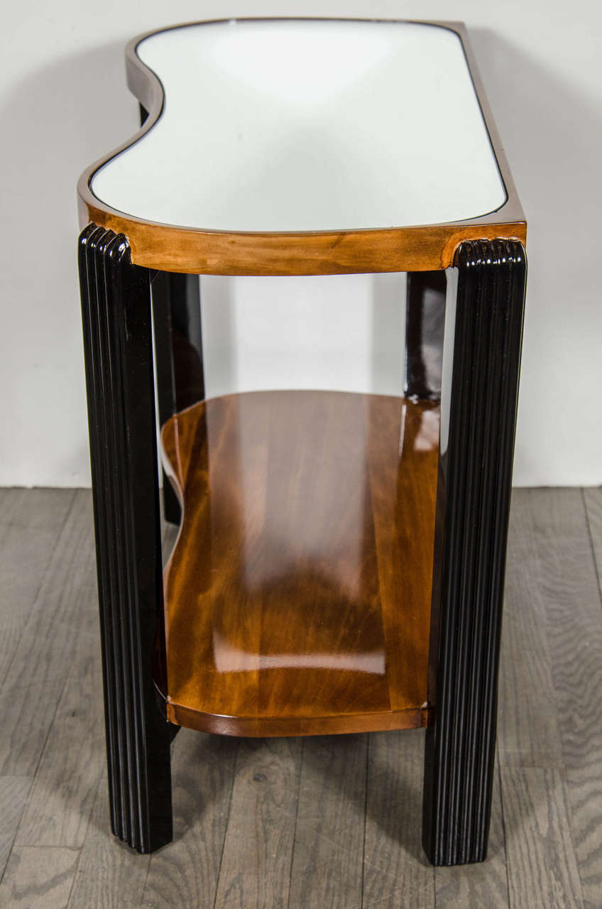 Art Deco Machine Age Side Table with Streamline Reeded Leg Design For Sale 2