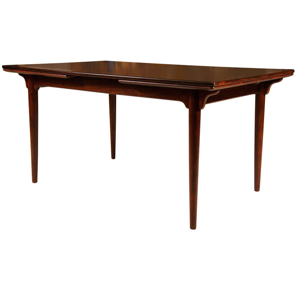 Danish Modern Rosewood Dining Table at 1stdibs : x from 1stdibs.com size 960 x 960 jpeg 28kB