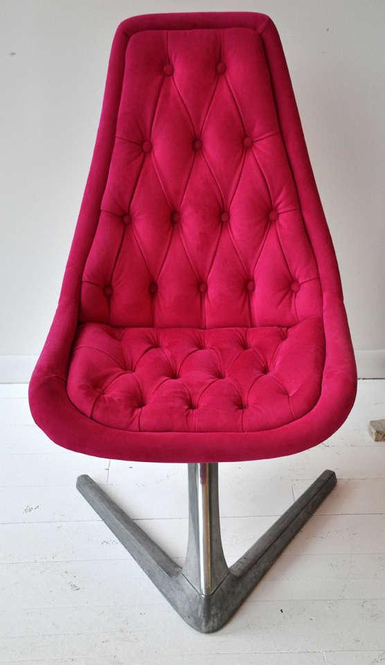 Pink Swivel Chair 2