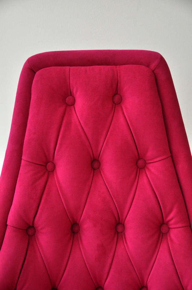 Pink Swivel Chair 3