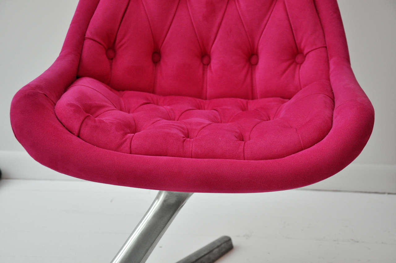 Pink Swivel Chair 4