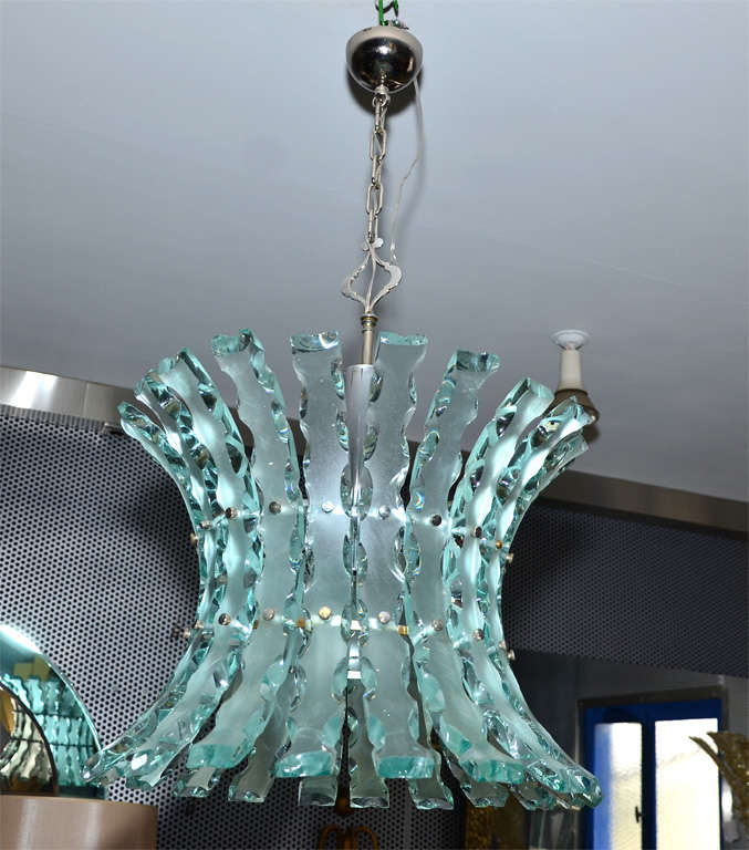 Mid-20th Century Italian 1960s Chandelier For Sale