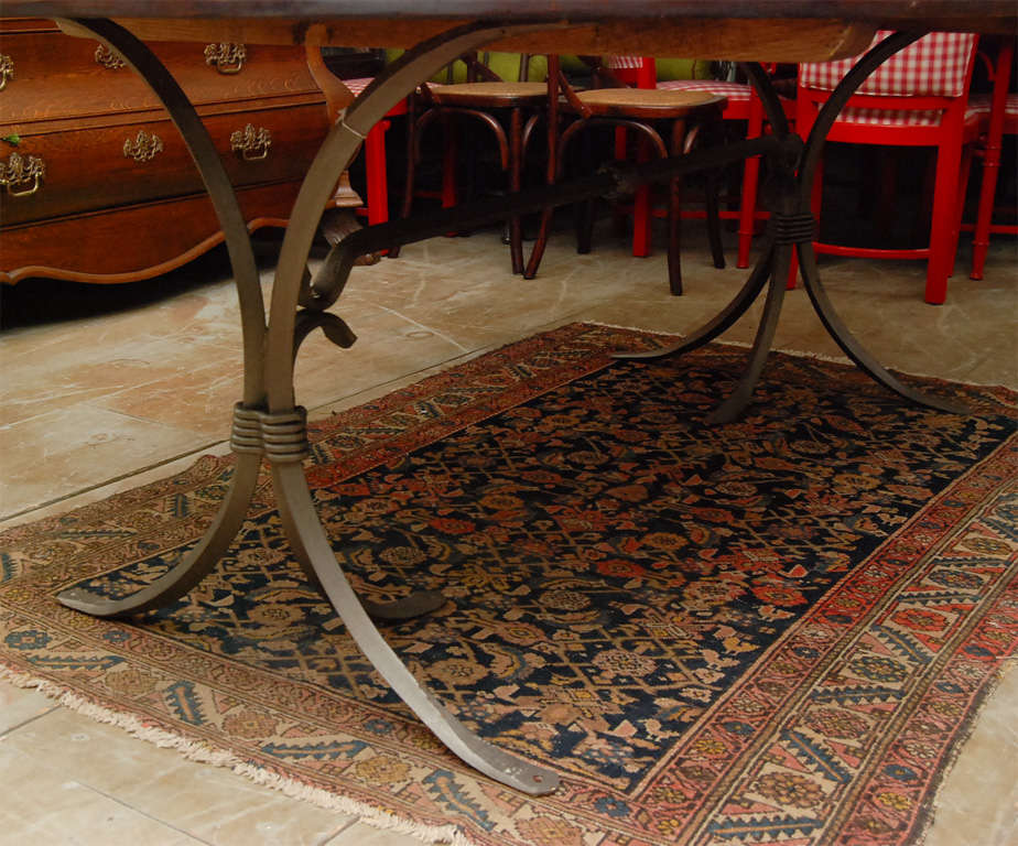 Oval Metal Base and Wood Top Dining Table In Good Condition For Sale In Great Barrington, MA