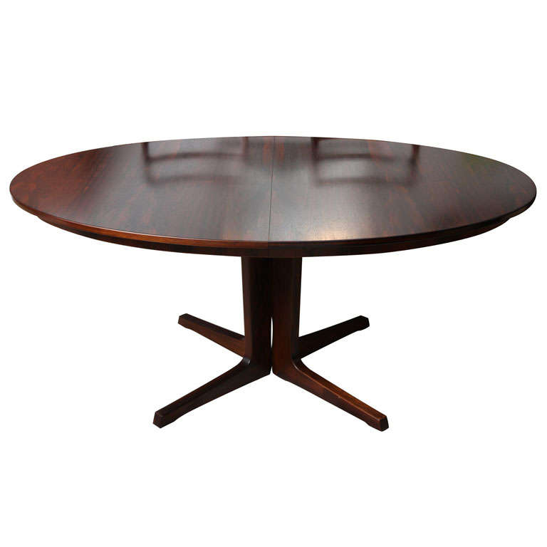 Vintage Modern Oval Dining Table at 1stdibs : x from www.1stdibs.com size 768 x 768 jpeg 23kB